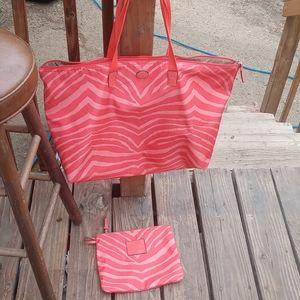 Coach travel bag / matching makeup bag